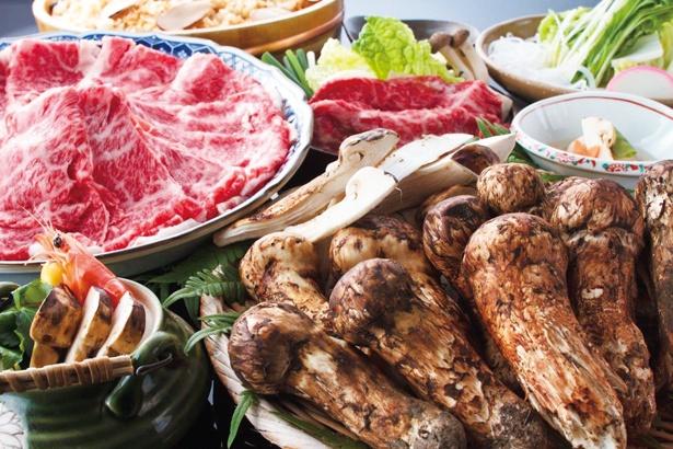 夢みたい…!名古屋から行けるマツタケも飛騨牛・近江牛のすき焼も食べ放題の店3選