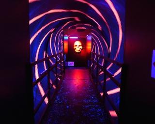 飛び出すおばけ!長崎市科学館で「3D妖怪からくり屋敷」