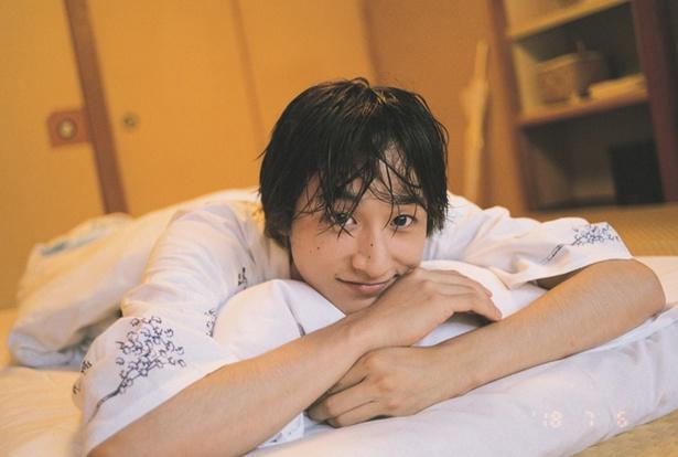 小関裕太がセカンド写真集「小関くん」を発売