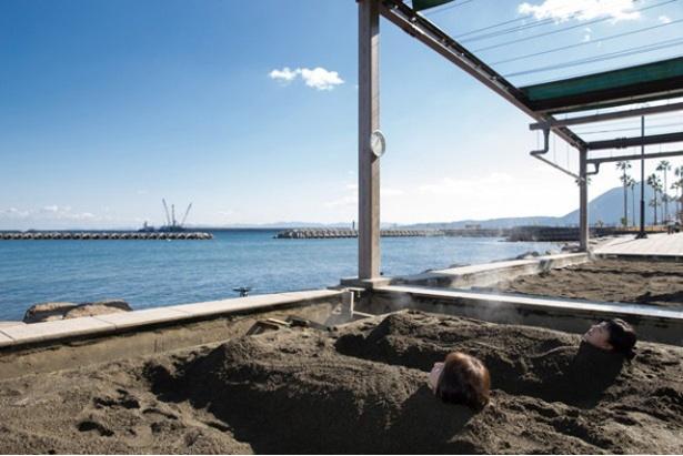 別府海浜砂湯 / 潮風も心地よい砂の天然エステでガツンと肌を底上げ!