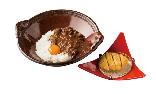 伊王島 網元食堂 / 「網元特製カリーとカジキカツ」(1080円)。鶏のペースト、魚の骨とダシを煮込んだ辛口のルーがカジキカツと合う