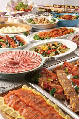 天山多久温泉TAQUA / ブッフェレストランなどの3店舗が入る