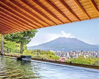 SHIROYAMA HOTEL kagoshima / 露天から見える錦江湾と桜島は、まさに絶景のひと言