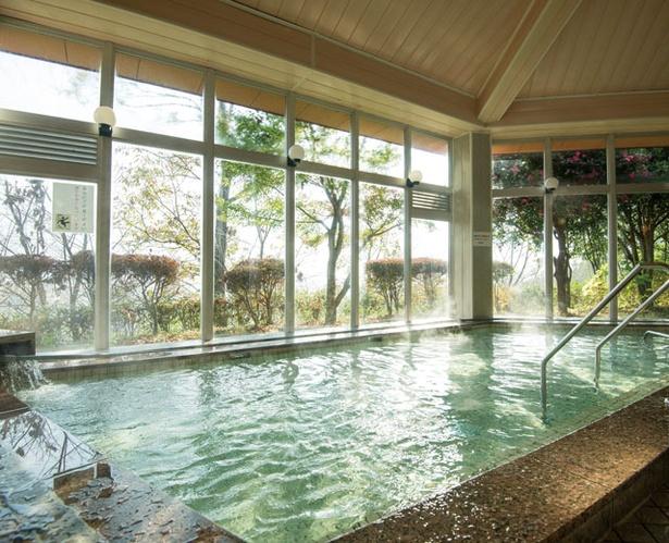 天岩戸温泉 / 大浴場のほか、遠赤外線サウナや水風呂も完備する