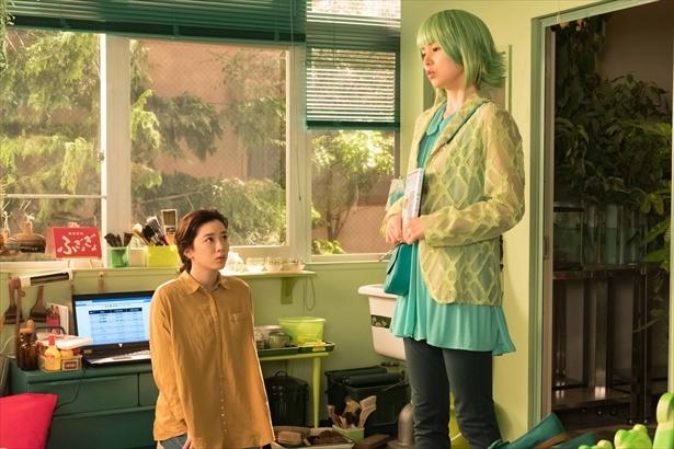 第138回(9月8日)シーンより。恵子(小西真奈美)は鈴愛と律のものづくりをバックアップ