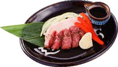 イベリコ豚ステーキも美味!