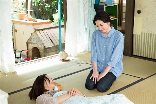 晴を見舞った鈴愛は、「あんたは何かすると思う」と期待の言葉をかけられる