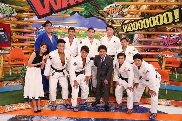 9月16日(日)の「ジャンクSPORTS」に、柔道日本代表選手7人と井上康生監督(後列左から2番目)、篠原信一(後列左端)が出演