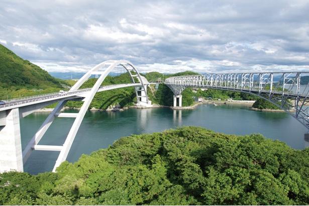 新天草1号橋天城橋 / 国内最大級の規模を誇る、ソリッドリブ形式のアーチ橋