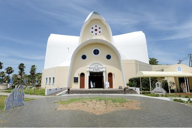 天草四郎 ミュージアム / 外観のモチーフは、聖母マリアがベールをまとった姿