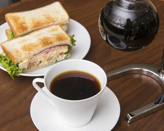 武蔵小杉の癒しスポット! カフェ利用できるコーヒー専門店