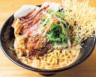 「鯛担麺(3辛)」(870円)。日本らしい担々麺を目指し作り上げた一杯/鯛担麺専門店 抱きしめ鯛