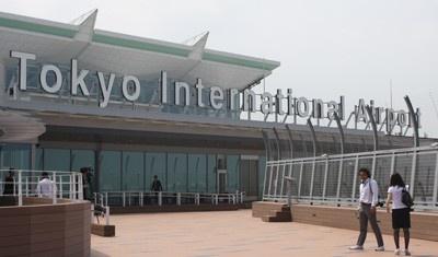 今年10月の羽田空港の新国際線ターミナルビル。地上5階建、延床面積約15万9000㎡もの大きさを誇り、首都圏から海外に向けた新たな空の玄関口となる予定