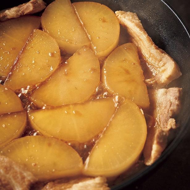 煮詰めて表面に味をからめ、味を強調する