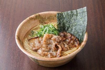 「梦麺88」の「ラーメン醤油」(680円)