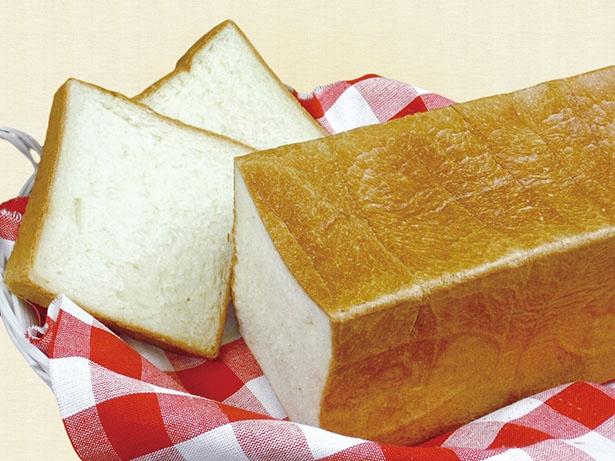 鎌倉野菜や季節の果物など素材と製法にこだわった手作りのパンと軽食の店「ブレドール葉山」