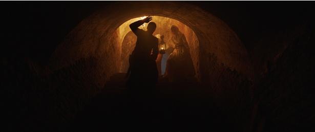 修道院の奥深くにはなにが…?