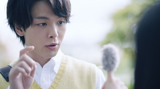 中村倫也がニキビ治療啓発動画に高校教師役で出演!