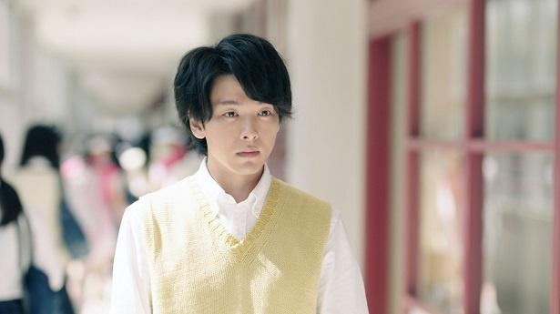 WEB動画で高校教師を演じる中村倫也