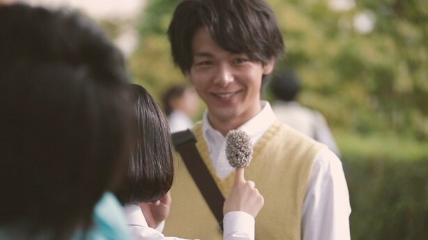 メーキング動画では、キュートな笑顔の中村倫也も見られる