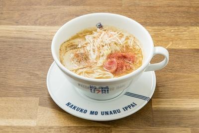 「ラーメン辛子明太子」(980円)。辛子明太子の漬けダレをベースに、自慢の魚介スープなどを独自に配合