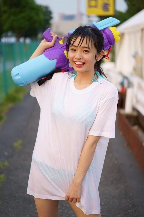 """""""平成最後のロリ巨乳""""と話題の19歳・西葉瑞希"""