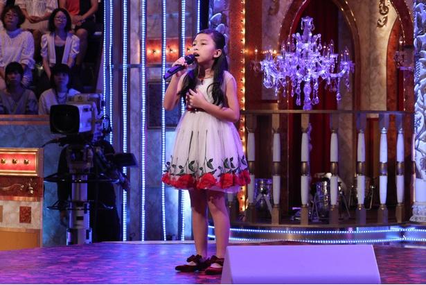 セリーヌ・タムちゃんは、4歳上の洋楽大好き女子中学生と対決!