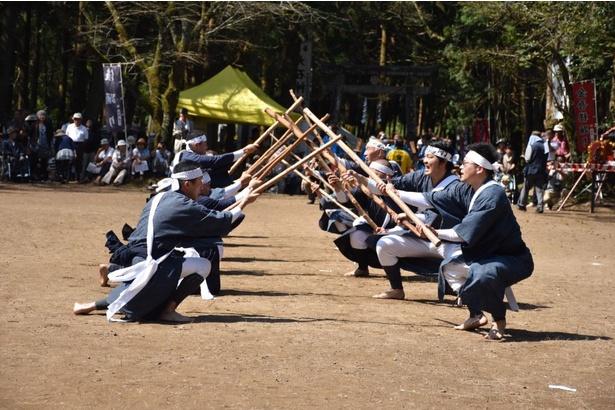 六尺棒踊り(北方町清友会)