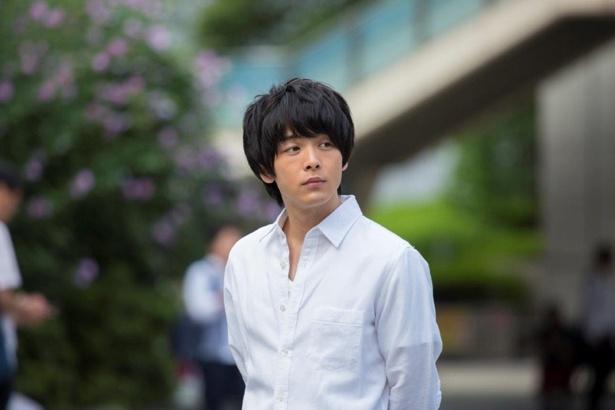 【写真を見る】西島秀俊&中村倫也の爽やかシーンカットも大量放出!