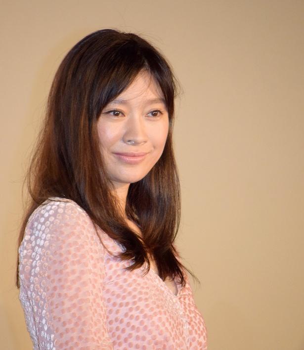 主人公・奈美役の篠原涼子