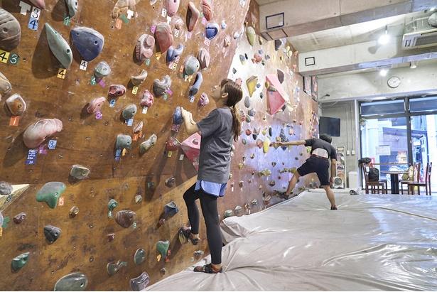 110度の壁を見上げる。登れるかな??
