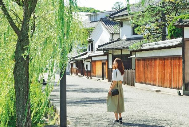 風情ある白壁の町並みが続く倉敷美観地区