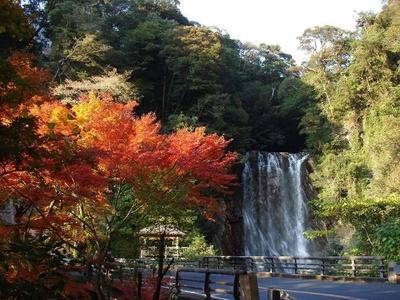 霧島温泉郷 / 滝と紅葉と