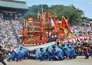 秋空に映える優美、勇壮、華麗な演舞!長崎の秋の風物詩「長崎くんち」開催