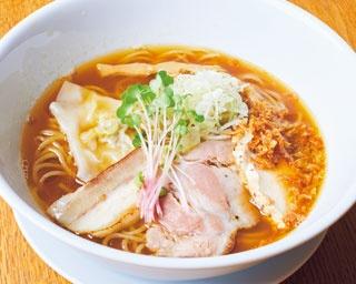 もっちり新食感の麺も美味な「ライト鶏魚貝SOBA」(700円)/MOVE麺t