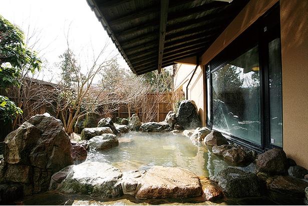 桜湯 / 湯上がりのしっとりとした泉質は美人湯ともいわれる