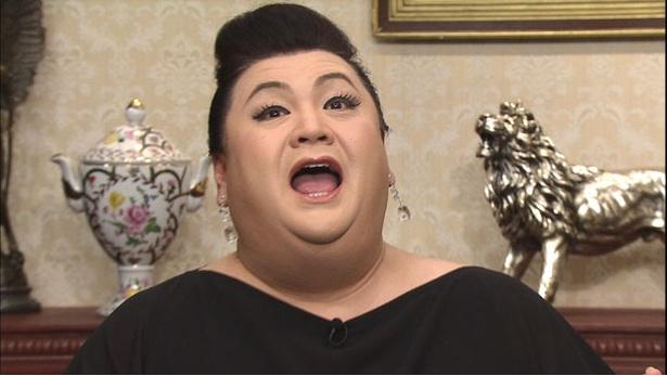 番組では短期間で髪質が劇的に変化するという、高級美髪サロンへ
