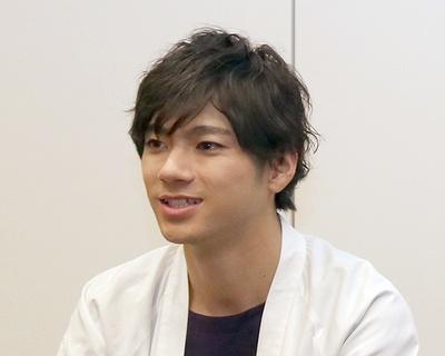 齋藤飛鳥いわく、座長としても頼もしい姿を見せたという山田裕貴