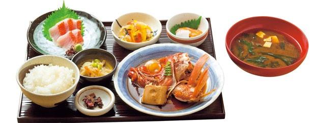 金目鯛定食 (1944円)。高級魚の金目鯛がドーンとこのボリューム/魚食処 一豊 道修町本店