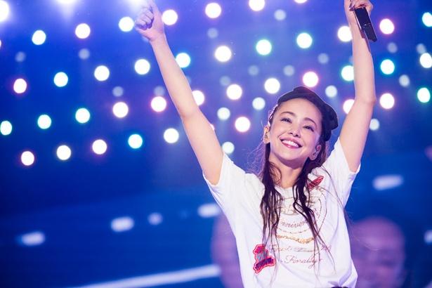 安室奈美恵のファイナルツアーが4週連続1位!映像ソフト史に残る大記録を樹立