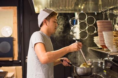 「余計なものは使わず、いかにシンプルに、いかにおいしく作るかをテーマにしています」と石川さん。その言葉を実践している