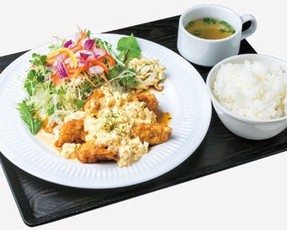 淡路島産にこだわり!「洋食酒場MARUWA」のチキン南蛮がジューシーさ&優しさ満点