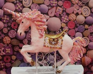 スイートデコアーティスト・渡辺おさむ「Unicorn」