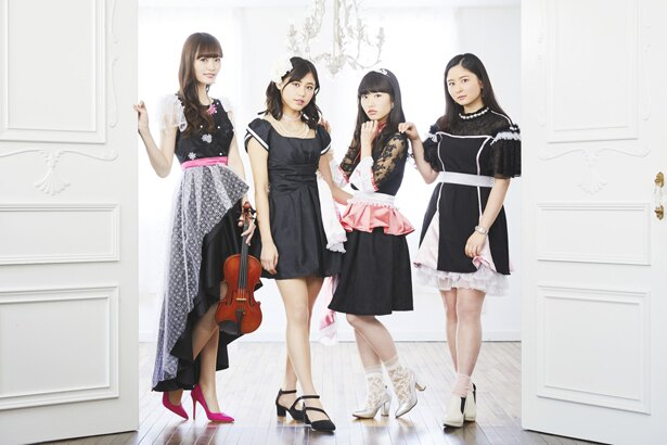 声優・根本流風が所属する音楽ユニット・RY's。TVアニメ「毎度!浦安鉄筋家族!」OPテーマである「#青春1・2・3」は音楽番組とのトリプルタイアップで好評を博している