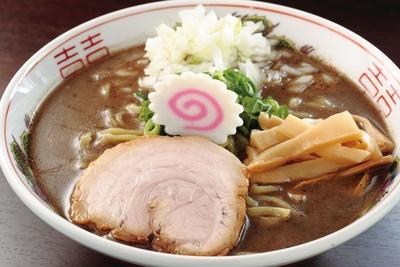 「煮干らーめん 老翁亭」の「ガッツ煮干しラーメン」(800円)