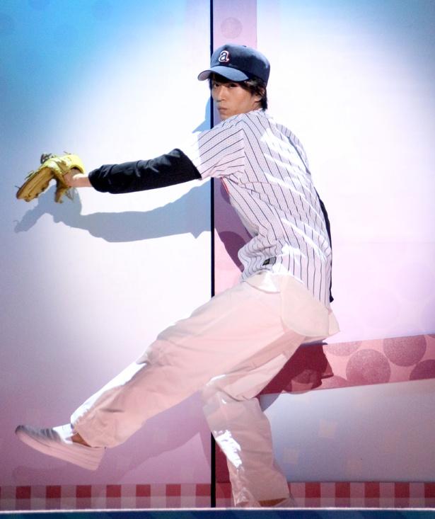 廣瀬智紀演じる駿は高校時代、甲子園出場を期待された球児だった