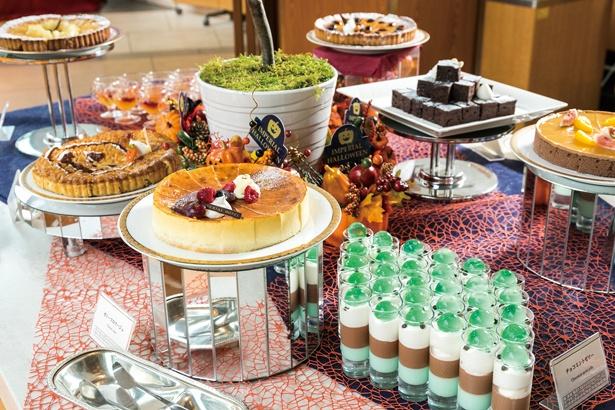 恒例の人気特集「ホテルの食べ放題 覆面大調査!」では、ハロウィーンスイーツも紹介