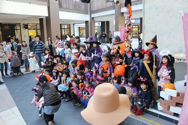 teniteoによるキッズハロウィンパーティ。仮装してハロウィンを楽しもう!