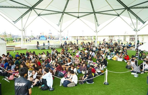 ららぽーと史上最大の広さを誇る、みどりの大広場 屋外イベントスペース「デカゴン」