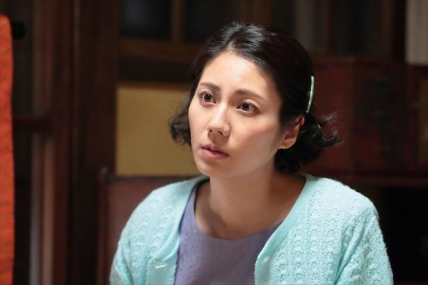快活ではきはきした性格の次姉・克子(松下奈緒)も美貌の持ち主!